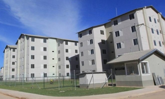 Acerto. Prédios do programa, em Caxias: governo vai quitar R$ 3,5 bilhões em atrasados - Divulgação