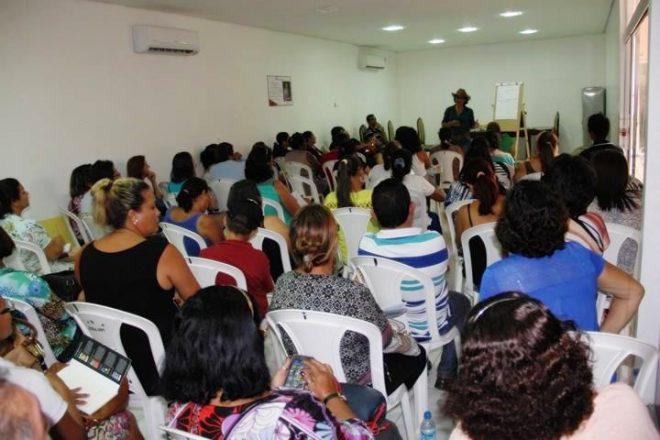Rosana conversa com sindicalistas