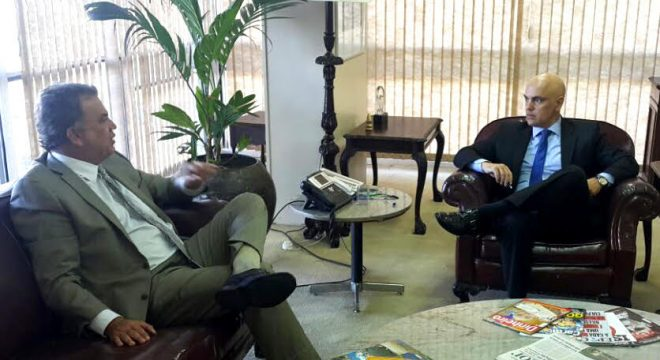 Foto: Senador Sérgio Petecão (PSD) se reúne com ministro da Justiça, Alexandre de Moraes.