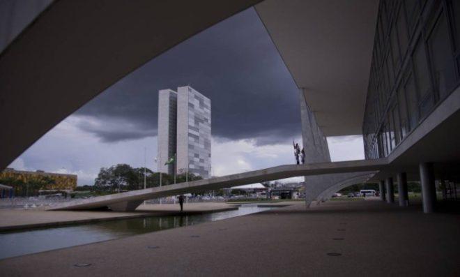 O Palácio do Planalto e o Congresso Nacional - Jorge William / Agência O Globo