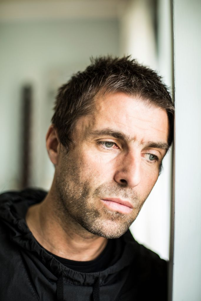 19/09/2021· liam gallagher has told fans he fell out of a helicopter after performing at the isle of wight festival. Liam Gallagher to film music video at Glasgow's Barras ...