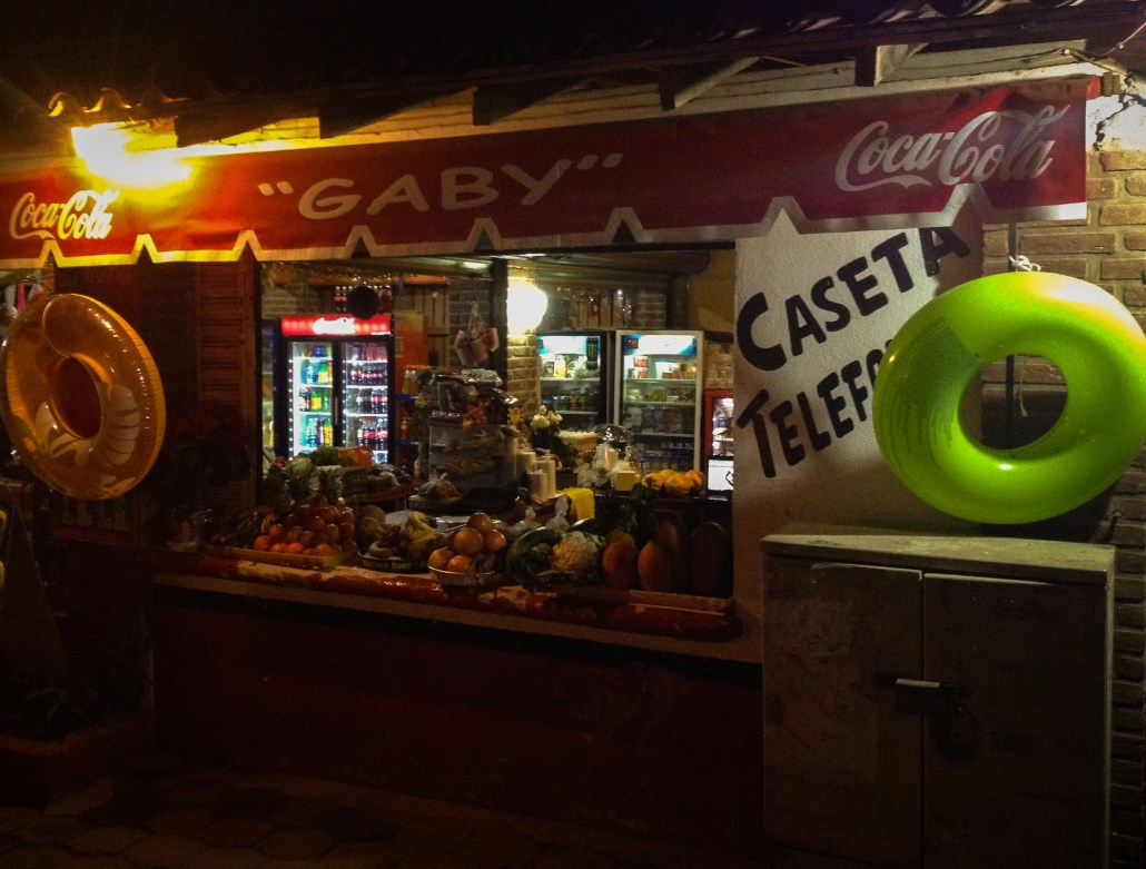 Gaby's Tienda, Troncones communications hub