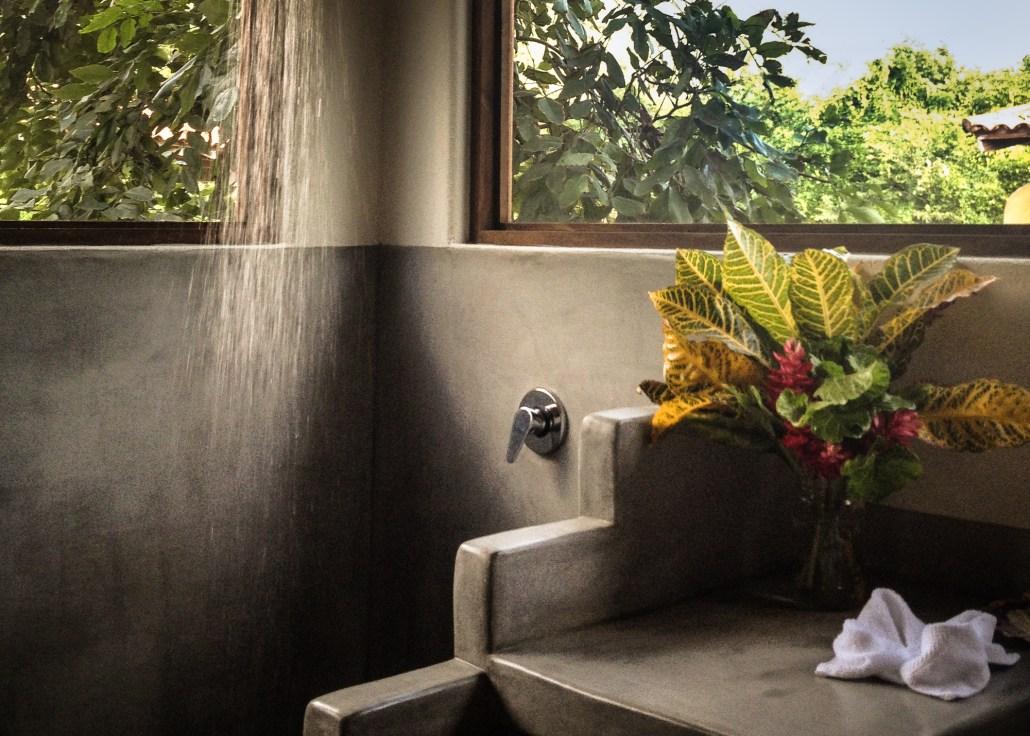 Treehouse Tropical rainshower