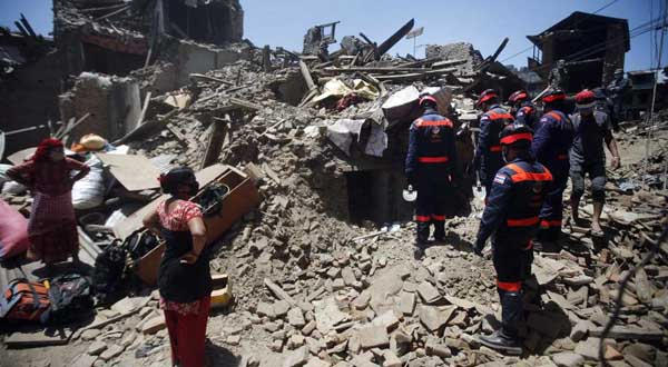 Un potente terremoto sacude Afganistán y el sur de Asia y deja al menos 263 muertos