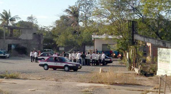 Anuncian movilización taxistas de Tehuantepec