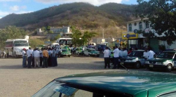 Lío entre transportistas y pobladores de Rincón Moreno por Urban