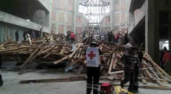 Concluyen rescate y confirman cuatro fallecidos en accidente en la Catedral la Barca de Tuxtepec