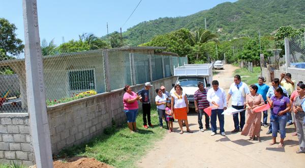Impulsa Rosa Nidia electrificación en la Blasi Vega