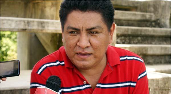Acuerdan diputados mantenerunidad en torno a Irineo Molina