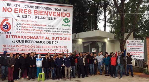 No dejaron entrar nuevo director del Conalep 145 de Huajolotitlán