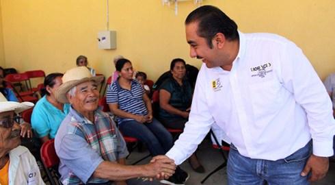 Refrenda Horacio Antonio Mendoza su compromiso con las comunidades del Distrito XV