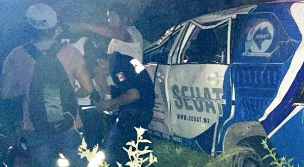 Cinco estudiantes chiapanecos sufren aparatoso accidente