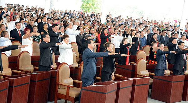 63ª Legislatura: Onerosa, improductiva, opaca