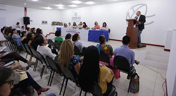 """Inauguran diplomado """"Mujeres y gobernanza"""""""