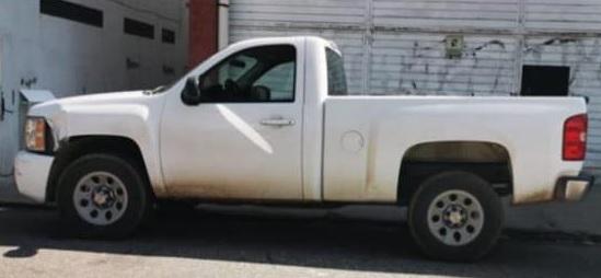 Policía Municipal asegura camioneta con reporte de robo