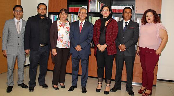 Refrenda titular del PJE su compromiso de trabajar con juzgadores por la paz social