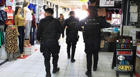 """Inicia Ayuntamiento operativo """"Mercado Seguro"""" para resguardar compras de Reyes"""