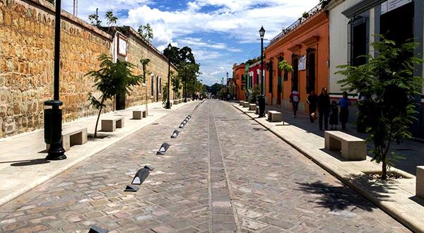 Exhorta Ayuntamiento capitalino a grupos vecinales a evitar cierre de vialidades