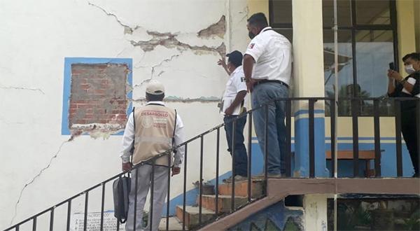 Ayuntamiento de Oaxaca y Secretaría de Bienestar evalúan inmuebles dañados por sismo del 23 de junio