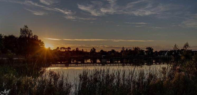 Coucher de soleil sur Saint Sylvain d'Anjou (Maine et Loire)6