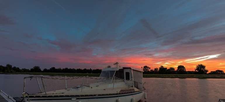 Ecouflant coucher de soleil sur la sarthe