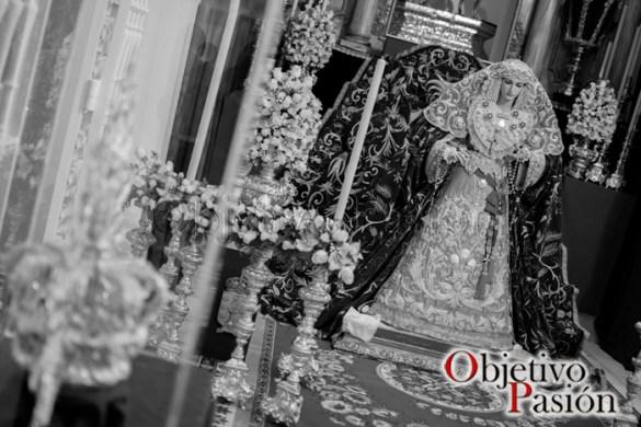María Stma de la Amargura esperando su nueva corona