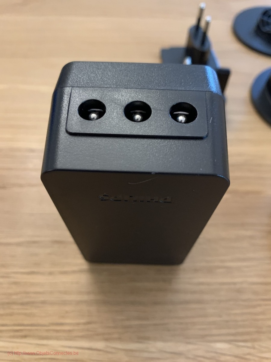 Philips_Hue_Play_HDMI_Sync_Box_281