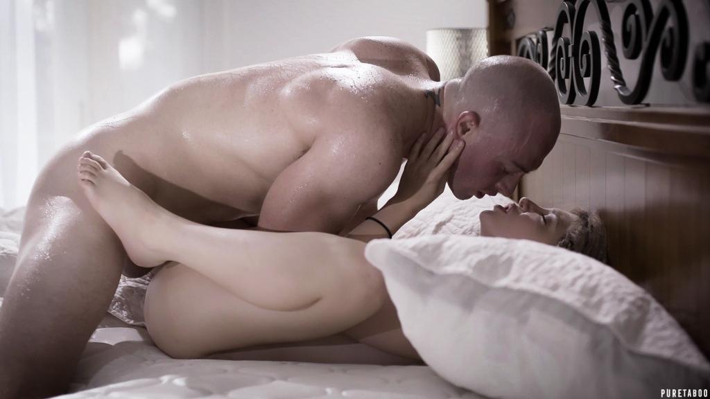 Naked vannessa hugens