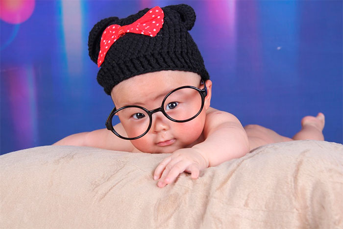 Criança a ficar mais inteligente. Foto: Pixabay / fkyj