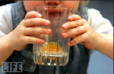 Gordura corporal está ligada ao que crianças bebem até os 5 anos