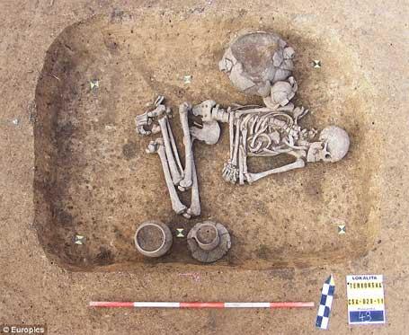 esqueleto do primeiro gay