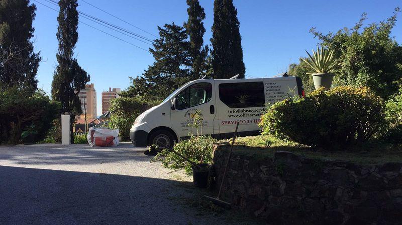 Jardinero en m laga trabajos de desbroce y arreglo de for Trabajo jardinero