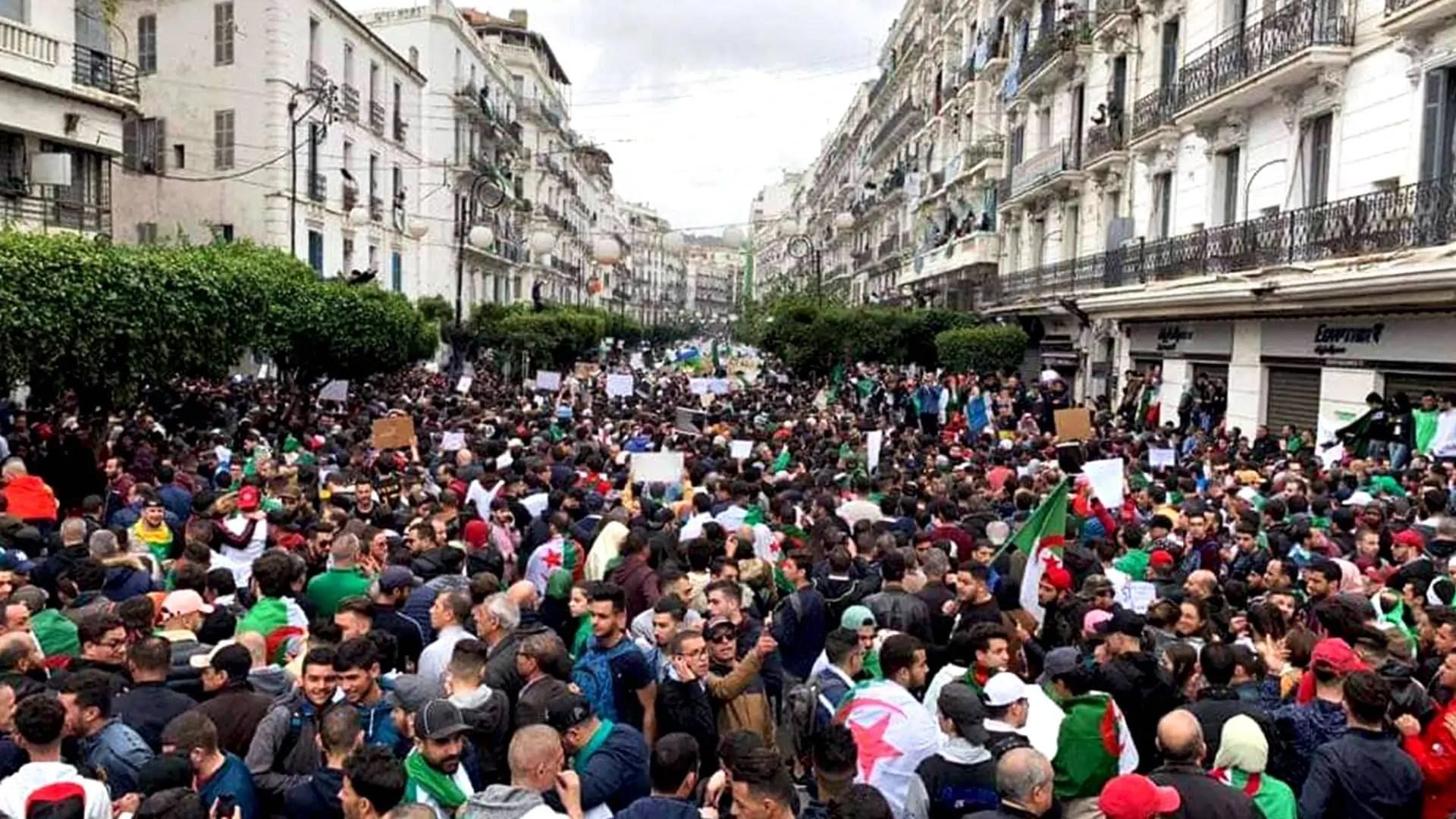 Premier anniversaire du Hirak : Une rencontre nationale prévue à Alger
