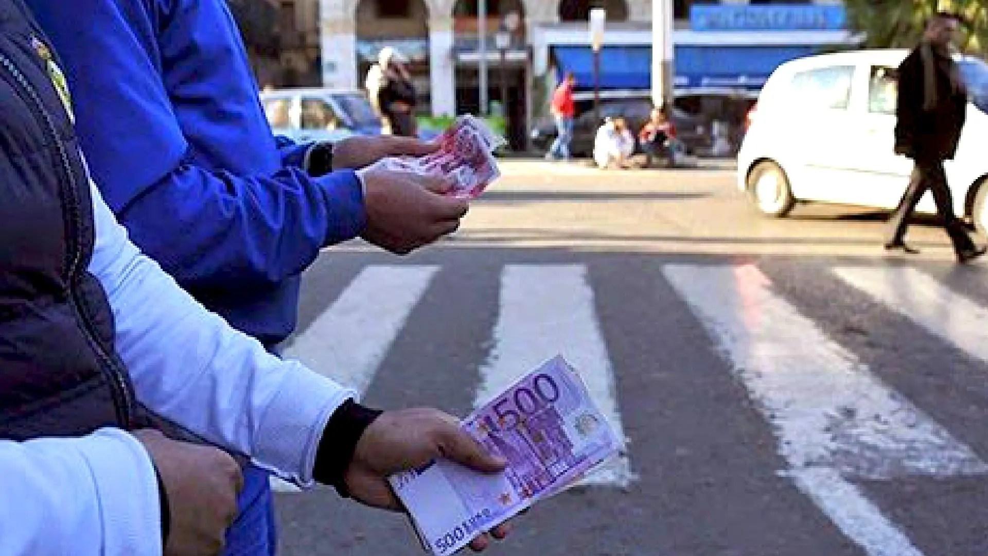 Taux de change de l'euro face au dinar algérien samedi 17 avril