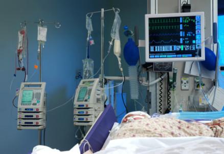 Pacientes terminales ¿Es ética la retirada de alimentación e hidratación?