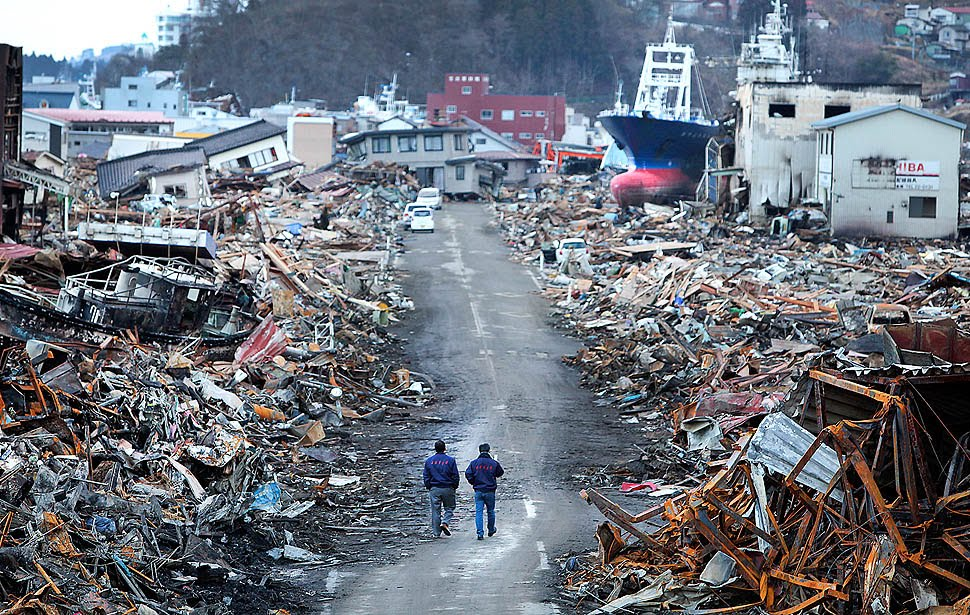Kesennuma earthquake-in-japan-16