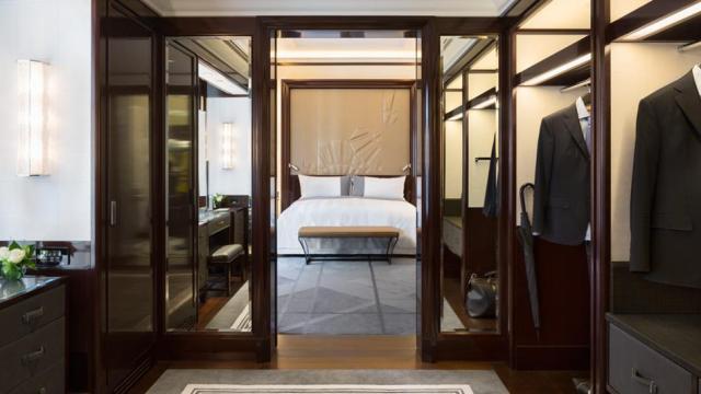 The Peninsula Paris_paris_dressing-room-1074