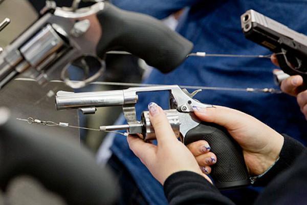 Smith & Wesson заявил об уникальном буме продаж оружия ...