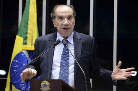 Plenário do Senado Federal durante sessão deliberativa ordinária.  Em discurso, senador Aloysio Nunes (PSDB-SP).   Foto:  Jefferson Rudy /Agência Senado