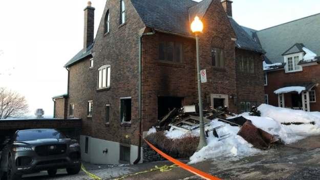 https://i.cbc.ca/1.5054215.1552476408!/fileImage/httpImage/image.jpg_gen/derivatives/16x9_780/westmount-arson.jpg
