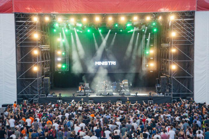 Home Festival 2016 Day 1 - Ministri 01