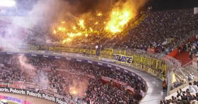 Flamengo vs Botafogo (23 08) - O Canto das Torcidas c573e4a6f61a4