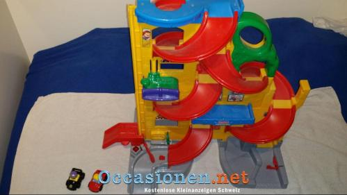 Fisher-Price-Little-People-Parkhaus-2