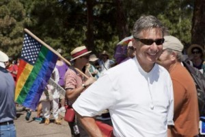 rp_Gary-Johnson-Libertarian-candidate-for-president-marched-in-Santa-Fes-Pride-parade-on-June-23.-He-says-LGBTQ-couples-have-a-constitutionally-guaranteed-right-to-get-married.-300x200.jpg
