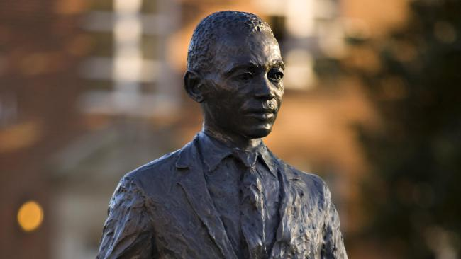 james-meredith-statue