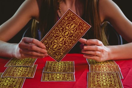 beginners gguide to tarot cards