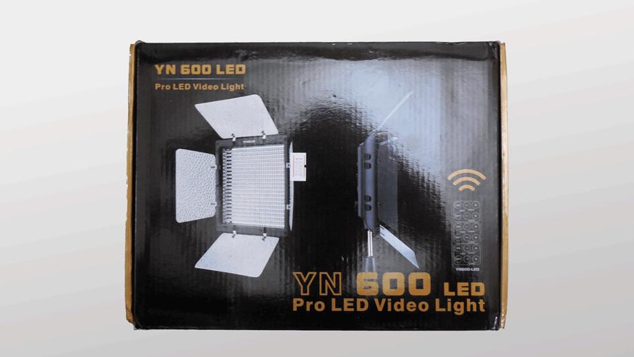 YONGNUO YN600LED製品パッケージ 画像