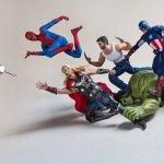 La vida secreta de los superhéroes de juguete