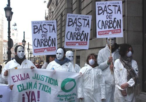 activistas-piden-el-fin-de-las-inversiones-en-combustibles-fosiles