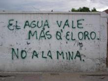 23_minera_agua_dentro_ok